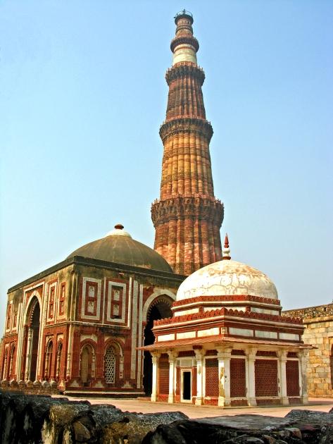 Qutb Minar und Moschee (4)